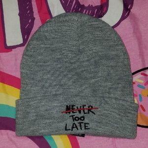 "Zara Women's hat ""NEVER TOO LATE"""